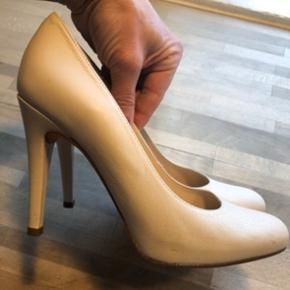 Unisa Stiletter