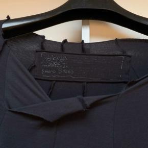 Lækker oversized kjole med ballon effekt - SÅ smuk med masser af effekter Har den også i sort    #30dayssellout