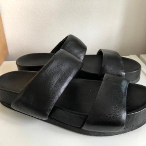 The Last Conspiracy sandaler