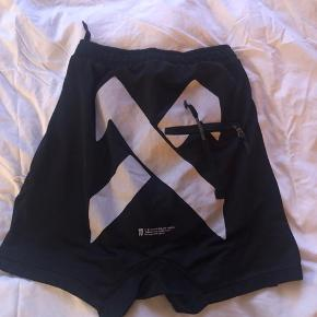 Super Fede 11 Boris Bidjan Seberi shorts 🖤  Brugt meget lidt Str M (S/M)  Logoet er stort bagpå