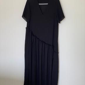 COS kjole