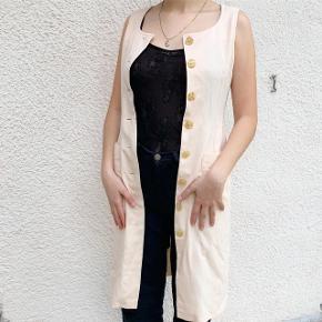 Kjole men kan bruges som cardigan. Str S