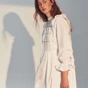 Smukkeste kjole 🌼 Helt ny
