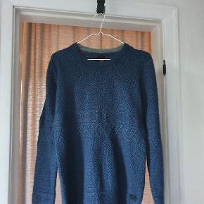 Bertoni sweater