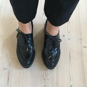 Flotte sko fra Zara Trafaluc. Næsten aldrig brugt.