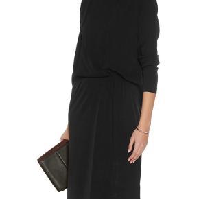 ACARMAR kjole i str 44 Brugt en enkelt gang i 1,5 time