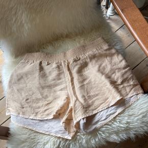 Won Hundred shorts