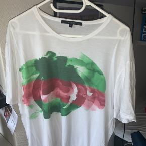 Sælger den er mega fede Gucci paint tee Info Str L Cond 7-6,5 stykker   Alt OG medfølger
