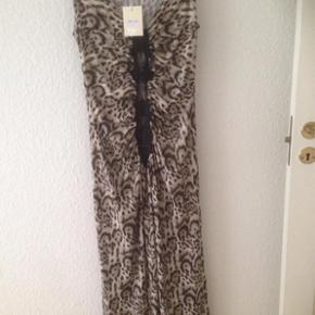 Lækker maxi kjole fra Buch.