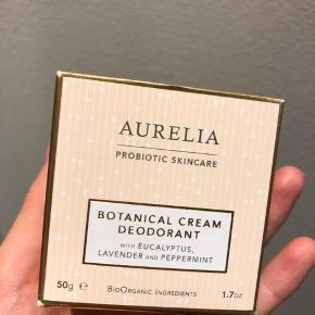 Botanical Cream Deodorant Uåbnet.  Hentes på Islands Brygge