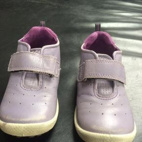 058a1542c26 ECCO biom sko til pige str 26 med velcroluk. Brugt af 1 barn. Ingen