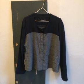 Rodebjer kort jakke/blazer i mørkeblå og grå