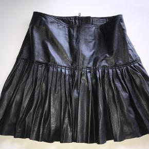 DEPECHE nederdel