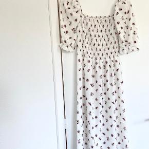 Åberg CPH kjole