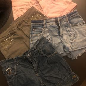 5 par shorts, fra x-del, H&M samt name it Str 12-14 år 152-164  Ser ud som nye, intet slud eller fnuller  Sælges for 45 pp stk eller samlet for kun 200 pp    #tuesdaysellout