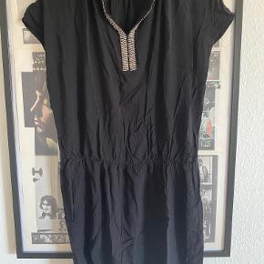 Kiwi Saint Tropez kjole