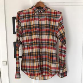 Ternet Polo Ralph Lauren skjorte i fede efterårsfarver, slim fit str. M. Nypris: 1.099,- Pris: 200,-  Prisen er fast og bytter ikke.