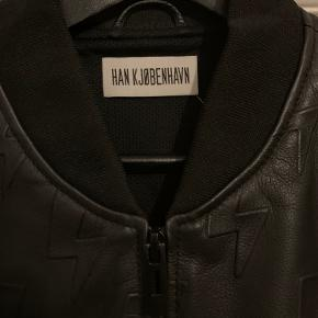 Læderjakke fra Han Kjøbenhavn, aldrig brugt.