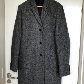Frakken er desværre et nummer for stor til mig :)