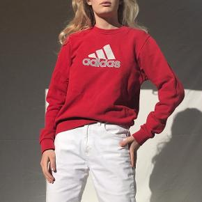 Cool vintage sweatshirt fra Adidas ! Fitter Xs/S