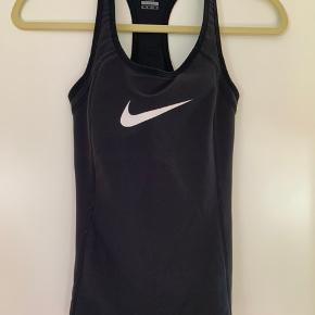 Nike løbe fitness gym tank top Med sports bra  Str xs