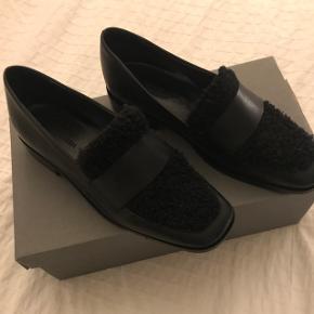 Super flotte loafers fra Shoebiz. Nypris 1149kr, sælges til 650kr. Køber betaler fragt 🌟