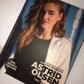 Astrid Olsen Tro På Dig Selv Og Din Stil  Læst en enkelt gang, så god som ny  Køb for 50 kr