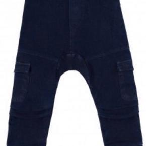 Minikid bukser str 122/128 Nye
