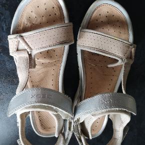 Rigtig fine sandaler fra Geox.  Brugt ca 10-15 gange  Byd!