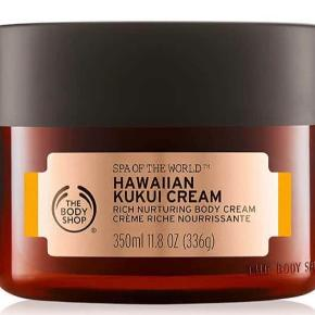 The Body Shop Billede 1-2: Spa of the World Hawaiian Kukui Cream 350 ml - 200kr Billede 3-4: Early-Harvest Raspberry Body Butter 200 ml - 100kr Original Source Billede 5-6: Skin Quench Vanilla & Sweet Almond Oil Body Butter - 80kr