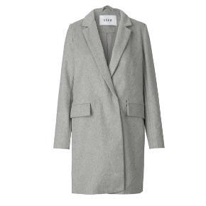 Encaramel jacket fra Envii.