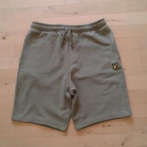 Lyle & Scott shorts