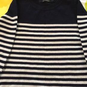 Super kvalitet - helt ny - Bluse Farve: Se Oprindelig købspris: 500 kr.