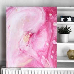 Originalt maleri med rosa, hvid og en smule lysegult. Maleriet er 50x60cm og kan hænge uden ramme, da siderne også er malet.
