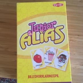Junior alias spil -fast pris -køb 4 annoncer og den billigste er gratis - kan afhentes på Mimersgade 111 - sender gerne hvis du betaler Porto - mødes ikke andre steder - bytter ikke