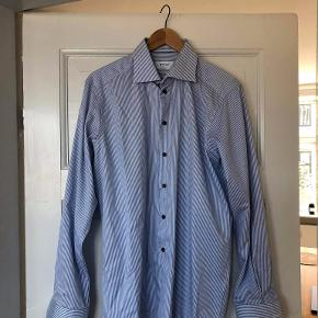 Shirt in good condition - size 41