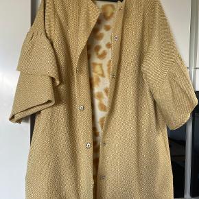 Karmamia jakke