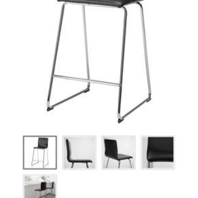 VOLFGANG barstole fra IKEA, stort set aldrig brugt og står bare og samler støv. Begge for 300. 😊 Skal afhentes på Nørrebro.