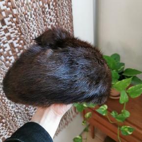 Flot vintage hue i mink pels