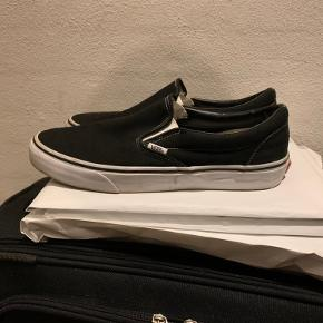 Vans slip on Str 44,5 intet og