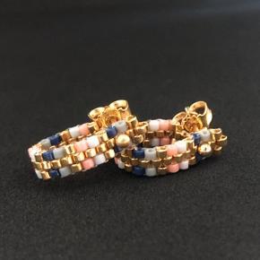Håndlavede smykker i eget design 🥰