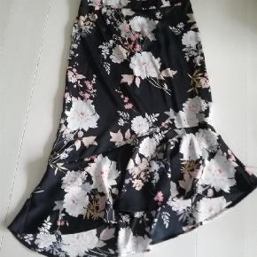 In Front nederdel