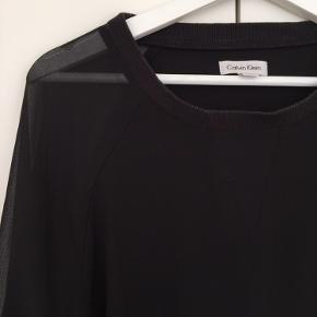 Sweatshirt med gennemsigtige ærmer i let stof🌞