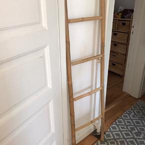 Bambus-Stige kan bruges til lidt af hvert. I perfekt stand.