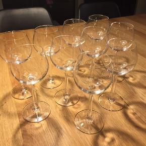 Rosendahl Grand Cru Bourgogne Hvidvinsglas - 10 stk - 30 kr pr. Stk. = 300 kr i alt. Sælges helst samlet.