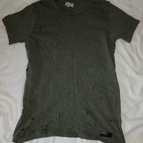 "Fed t-shirt fra ""Just Junkies"""