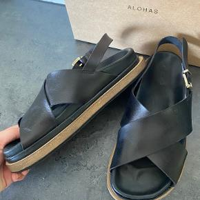 ALOHAS sandaler
