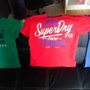 Fine Bluser som blot er blevet for små. Rød og blå er str. S og den grønne er M men der er ikke den store forskel i str.