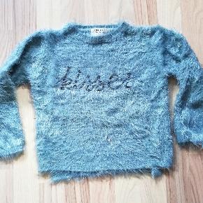 Så fin trøje fra Zara i flot stand. Sender gerne og hurtig 💝