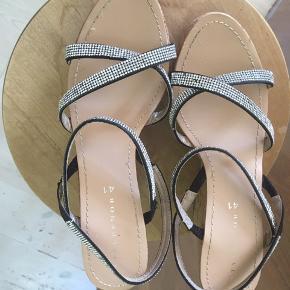 Stylesnob heels